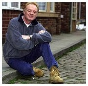 book Bruce Jones, Les Battersby after dinner speaker. Book a saop star personal appearance.